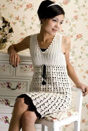 Красивое платье связанное крючком